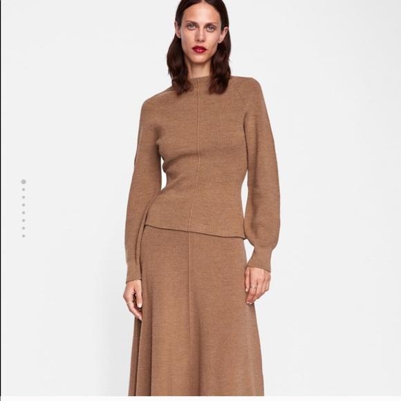 c1b2c40abfe45 Zara minimal collection balloon sleeves sweater
